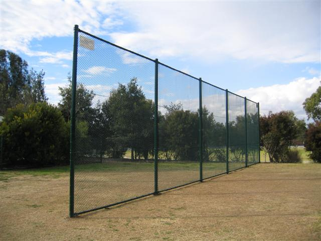Sporting screen/barrier - Black PVC Chainwire