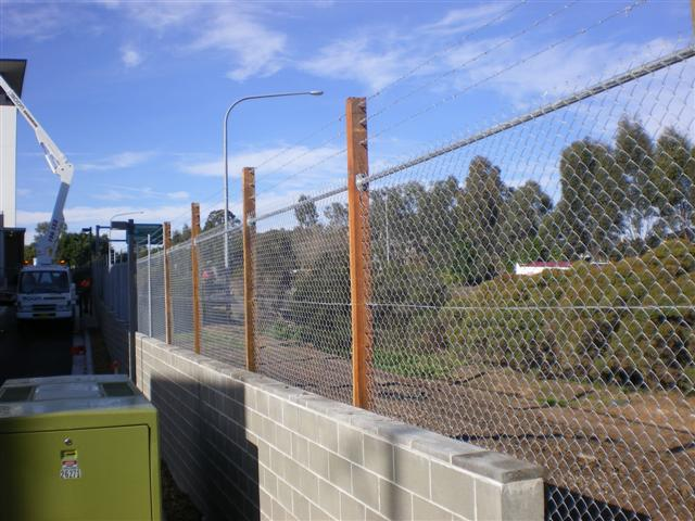 Chainwire Gal Insulation Panel